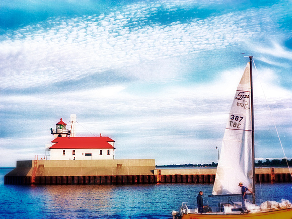 Duluth South Breakwater Lighthouse